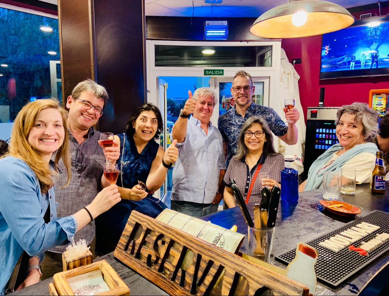 JSB with colleagues and adult students at a bar in Mérida, Spain